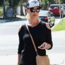 Katherine Heigl – Out in Los Angeles