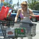 Ariel Winter – Shopping in Los Angeles