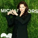Lynda Carter – 12th Annual God's Love We Deliver 'Golden Heart Awards' in NY - 454 x 519