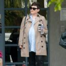 Ginnifer Goodwin is seen out and about while pregnant on March 3, 2016 - 417 x 600