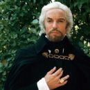 Richard Chamberlain as Edmond Dantes in the 1975 TV Movie - 454 x 255