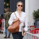 Elizabeth Berkley at Le Pain Quotidien in Beverly Hills January 30, 2015 - 454 x 583