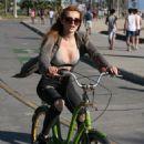 Bella Thorne – Riding Bike Around Los Angeles 8/13/2016 - 454 x 637