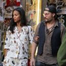 Zoe Saldana and Marco Perego – Shopping in Rome - 454 x 681