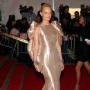 Amber Valletta - May 05 2008 - Metropolitan Museum Of Art Costume Institute Gala, NYC