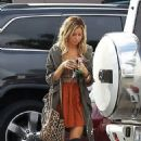 Ashley Tisdale: ran some errands in Los Angeles