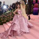 Deepika Padukone : The 2019 Met Gala Celebrating Camp - 454 x 301