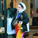 Lily Allen in Colorful Pants – Shopping in Notting Hill - 454 x 720