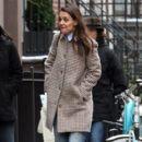Katie Holmes walks with her friend around Manhattan, New York's West Village neighborhood on January 10, 2017 - 392 x 600