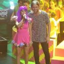 Benjamín Amadeo and Mariana Esposito- Kids' Choice Awards Argentina 2015- Show - 454 x 558