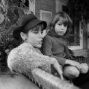 Jane Fonda and Vanessa Vadim - 454 x 303