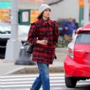 Alexa Chung – Out in New York - 454 x 572