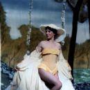 Julie Andrews - 454 x 576