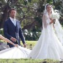 Jenson Button ties the knot with model Jessica Michibata in Hawaii - 454 x 339