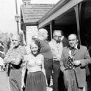 Akim Tamiroff, Bela Lugosi & Tor Johnson, Sally Yarnell - 454 x 560