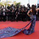 Aishwarya Rai – 'Girls Of The Sun' Premiere at 2018 Cannes Film Festival - 454 x 311