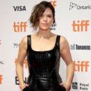Neve Campbell – 'Castle In The Ground' Premiere – Toronto International Film Festival 2019 - 454 x 665