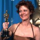 Susan Sarandon At The 68th Annual Academy Awards (1996) - 300 x 400