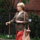 Scarlett Johansson – Filming 'Untitled Noah Baumbach Project' in Park Slope - 454 x 737