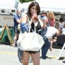 Rachel Sterling – Shopping at Farmer's Market in Studio City - 454 x 683