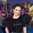 Olivia Sanabia – Posing at 'Onward' Premiere in Hollywood - 454 x 683