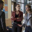 Supergirl S03E05 - 454 x 321