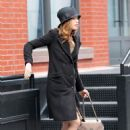 Jessica Biel Leaving Justin Timberlake's Apartment, 18 February 2010
