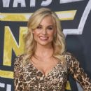 Jessica Collins – 'It's Always Sunny In Philadelphia' Premiere in Hollywood - 454 x 662
