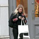 Ellie Goulding – Shopping in New York City - 454 x 780