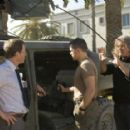 Greg Kinnear, Matt Damon and Director Paul Greengrass on the set of Green Zone. - 454 x 287
