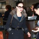 Dita Von Teese departing on a flight at LAX airport in Los Angeles, California on March 22, 2015 - 454 x 600