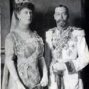 Queen Mary and King George V - 454 x 645