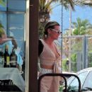Sophie Monk out for lunch in Mallorca - 454 x 696