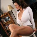 Denise Milani - 454 x 585