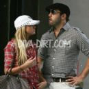 Jeremy Piven and Barbie Blank - 440 x 587