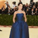 Brooke Shields – 2018 MET Costume Institute Gala in NYC - 454 x 684