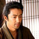 Takao Osawa - 454 x 302