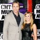 Kristen Bell Proposes to Dax Shepard After DOMA Overturned