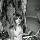 Catherine Spaak - 454 x 704