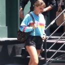 Taylor Swift – Leaves her apartment in New York