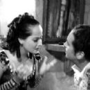 Merle Oberon - The Private Life of Don Juan - 454 x 340