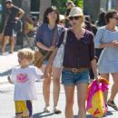 Julie Bowen: headed over to the Farmer's Market in Studio City