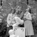 Françoise Sagan, Caroline Cellier and Françoise Fabian - 391 x 600