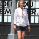 Uma Thurman – Out in New York