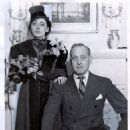 John Barrymore and Elaine Barrie - 454 x 585