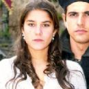 Reynaldo Gianecchini and Priscila Fantin in Esperança (Hope) (2002) - 454 x 318