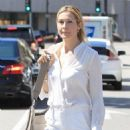 Kelly Rutherford was seen shopping in Beverly Hills. California on March 24, 2017 - 454 x 590