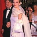 Uma Thurman and her father Robert Thurman At The 67th Annual Academy Awards - Arrivals (1995)