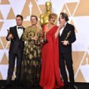 Sam Rockwell, Frances McDormand, Alison Janney and Gary Oldman At The 90th Annual Academy Awards - Press Room (2018) - 454 x 312