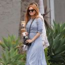 Isla Fisher at a Iced Coffee in Los Angeles May 18, 2017 - 454 x 612
